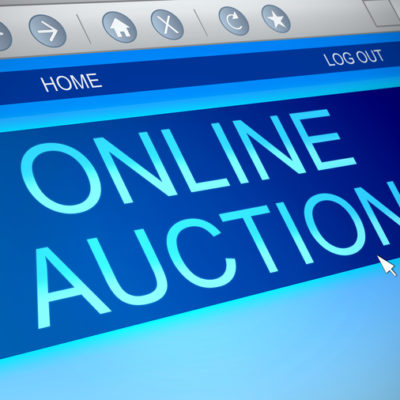 When the Distance Is No Longer an Obstacle: What Are the Advantages and Disadvantages of Online Auctions?