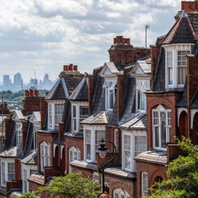 THINGS TO CONSIDER WHEN INVESTING IN AN URBAN PROPERTY