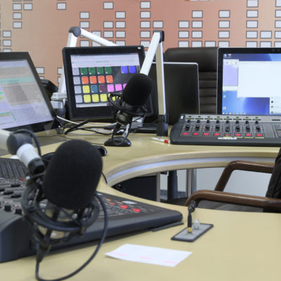 How to Craft an Impactful Radio Ad For Your Business