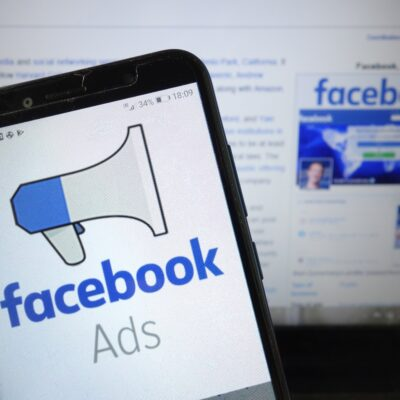 Top 4 Reasons to Use Facebook Advertising