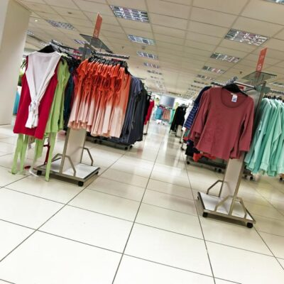 4 out-of-the-box suggestions to run a departmental store successfully!