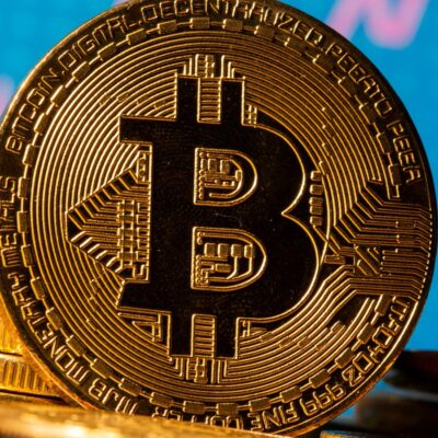 How To Make Money From Bitcoins in Canada?