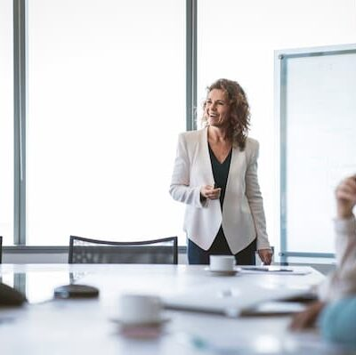 Strategies for Entrepreneurs: Presenting and Selling Products Effectively